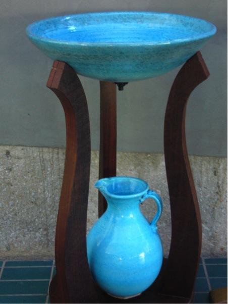 Darwin Baptimsal bowl stand pitcher